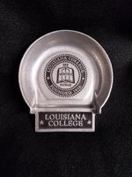 CHANGE HOLDER PUTTING CUP SILVER WITH LC SEAL IN CUP LOUISIANA COLLEGE ON LIP INSET BLK RECTANGLE